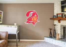 tampa bay buccaneers classic logo wall decal shop fathead for