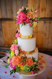 best 25 wedding cakes with flowers ideas on pinterest wedding