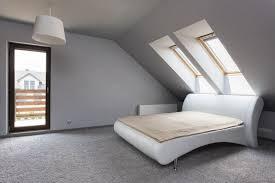 schlafzimmer mit schrge einrichten schlafzimmer gestalten mit dachschräge kogbox schlafzimmer