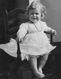 Queen Elizabeth 2 The Life And Reign Of Queen Elizabeth Ii