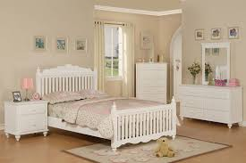 Cottage Style White Bedroom Furniture Country White Bedroom Furniture
