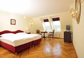 Laminate Flooring Regina Rooms With Laminate Flooring Pictures Personalised Home Design