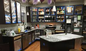 what paint works best on kitchen cabinets how to paint kitchen cabinets mccormick paints