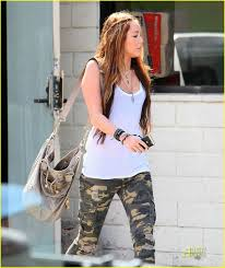 miley cyrus 68 wallpapers 69 best miley cyrus images on pinterest miley cyrus smiley and