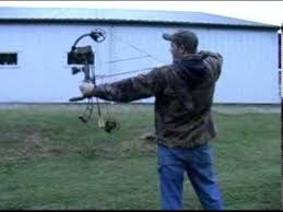 backyard archery set hunting practice shooting your bow in the backyard the correct