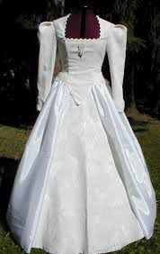renaissance wedding dresses renaissance style wedding dresses pictures ideas guide to buying