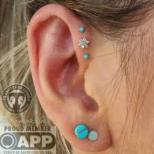 helix earing teki 25 den fazla en iyi forward helix piercing fikri
