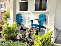 anyone can decorate diy painted front porch chairs