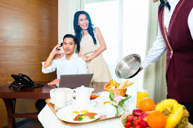 Free Live Chat Room The Benefits Of Live Chat For The Hotel Industry
