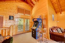 Gatlinburg Cabins 10 Bedrooms Large 8 12 Br Cabins In Gatlinburg Pigeon Forge Tn
