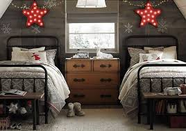 two bed bedroom ideas two beds christmas room decor