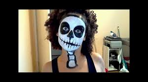 Skeleton Face Paint For Halloween by Halloween Tutorial Easy Scary Skeleton Youtube