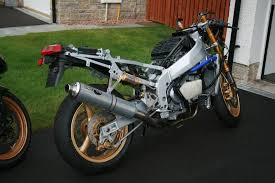 rebuild and respray of zxr 400 page 3 www zxrworld co uk