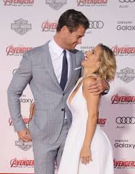 cute pictures of chris hemsworth and elsa pataky popsugar celebrity