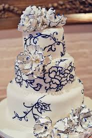 wedding cake mariage wedding cake mariage d exception blanc bleu marine carnet d