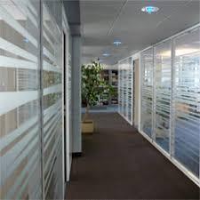 vitrophanie bureau vitrophanie bureaux décoration de cloisons vitrauphanie