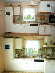 peindre meuble cuisine stratifié repeindre meuble cuisine melamine cuisine a ie cuisine clients