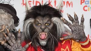 heidi klum thrills in epic michael jackson halloween costume youtube