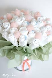 How To Make Baby Shower Centerpieces by Best 25 Diaper Bouquet Ideas On Pinterest Diaper Flower