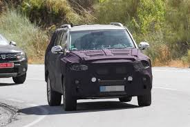 spyshots 2017 ssangyong rexton testing in europe autoevolution