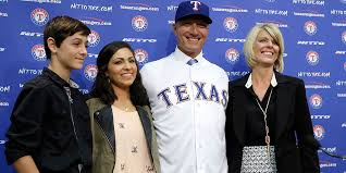 Jeff Banister Baylorproud Rangers Manager Talks About His Family U0027s Experience