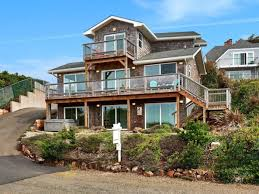 Pier Park Venture Out Beach Rentals 7 Last Minute Coastal Vacation Rentals With The Best Views Of The