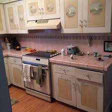 buy kitchen furniture should i just start and buy cabinets
