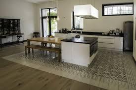 salon et cuisine aire ouverte deco salon cuisine ouverte images idee deco salle de bain carrelage