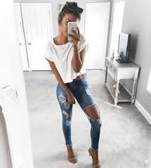 Skinny Jeans With Holes Get The Coat For 33 At Outfitmade Com Wheretoget Jean Sandals