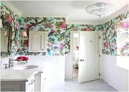 tapeten fã r badezimmer waschbeckenunterschrank kleines bad badezimmer romantischen stil