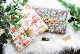 vintage christmas paper beijos picks gift wrapping