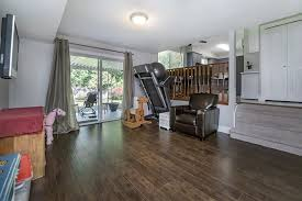 Laminate Flooring Langley Rebecca Rea 5017 200a Street Langley Mls R2170441 By Cotala