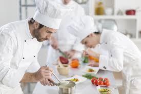 salaire chef cuisine chef de partie fiche métier comment devenir chef de partie