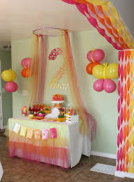 plain birthday decorating ideas with streamers and balloons almost