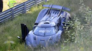 koenigsegg one 1 engine koenigsegg one 1 crashes on the nürburgring