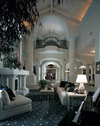 Luxury Livingrooms Soft Beautiful Colors And Terrific Lighting In This Foyer And