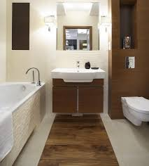 fliesen gestaltung badezimmer 32 moderne badideen fliesen in holzoptik verlegen
