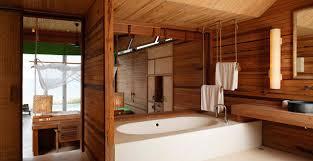 holz wohnzimmer coole badezimmer einrichtung mit holz und fenster zum wohnzimmer