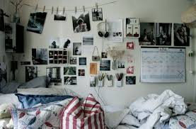 Dorm Room Wall Decor by College Dorm Room