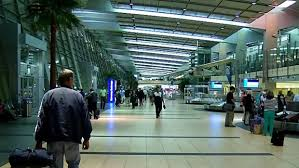 busy day for thanksgiving travel at san diego international airport