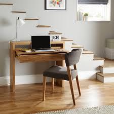 bureau en bois design bureau de design scandinave table avec rangement et chaise en