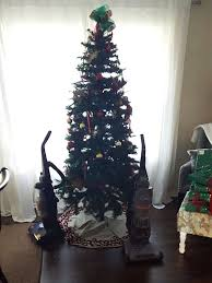 genius people who found a way to protect their christmas trees