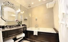 chambre d h es de luxe auberge du jeu de paume chantilly chambre deluxe avec vue