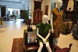 Batik Danar Hadi museum batik danar hadi picture of museum batik danar hadi