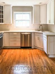 decorators white painted kitchen cabinets painted cabinets in benjamin s decorator s white