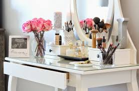 a spoonful of style my vanity and makeup favorites