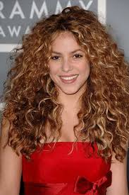 what color is shakira s hair 2015 34 new curly perms for hair hairstyles haircuts 2016 2017