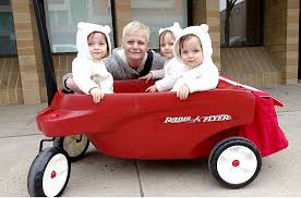 Radio Flyer Push Buggy Triplets U0027 Wagon Hit By Car In Parking Lot Revelstoke Review