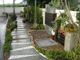 simple backyard landscaping ideas on a budget with home fesselnd