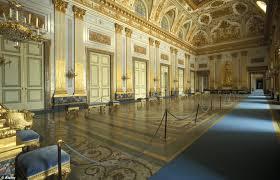 Palace Of Caserta Floor Plan Reggia De Caserta Desperate Mayor Demands Army Protects Naples